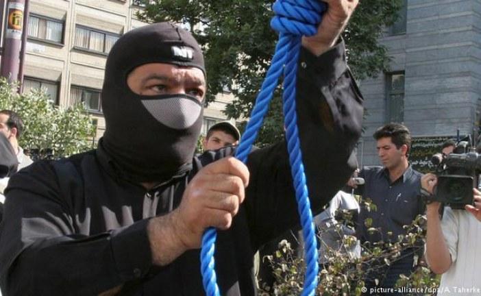 İran'da 38 kişi bir ayda İdam edildi